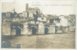 """/ CPA FRANCE 87 """"Limoges, Pont Et Cathédralke Saint Etienne"""" - Limoges"""