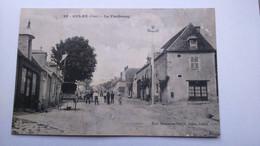 Carte Postale ( FF9 ) Ancienne De Culan , Le Faubourg , ( à Recoller ) - Culan
