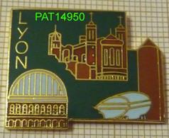 LYON Basilique Notre-Dame De Fourvière Dpt 69   RHONE  En Version  EGF - Ciudades