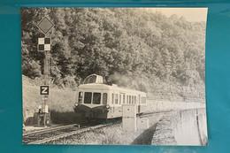 Autorail SNCF X 3800 Capdenac - Photo Train Pour Cahors - 1980 - France Sud Ouest Lot 46 Locomotive Signal X3800 Picasso - Trains