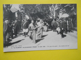 Clisson ,La Cloche N° 11 , Course En Sac - Clisson