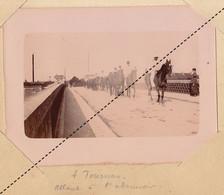 1902 Photo Militaire école à Feu De Pontarlier Manoeuvres Vers Bourges Tournus Saone Et Loire Allant à L'abreuvoir - Guerra, Militares