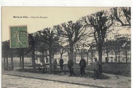 CPA   MARLY LA VILLE  Place Du Breulan - Marly La Ville
