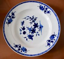 Grand Plat Porcelaine De Tournai Décor à La Mouche - 31,2 Cm - Bleu Intense - Doornik (BEL)
