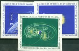 DDR Block 20/22 O Tagesstempel Schwerin - Blocks & Sheetlets