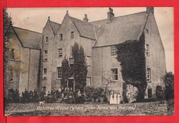SCOTLAND   AYRSHIRE        OCHILTREE HOUSE SHOWING STAFF POSING OUTSIDE      JOHN KNOX MARRIED HERE - Ayrshire