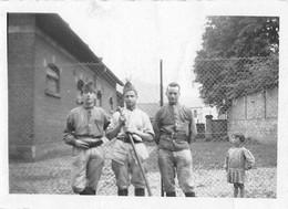 PHOTO 8,5 X 6,5 Cms FORBACH-57-Moselle -Militaire Français Caserne  Photo  Halm Forbach - Guerra, Militares