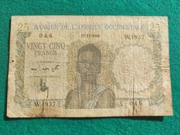 Banque De L'afrique Occidentale 25 Francs 1948 - Central African States
