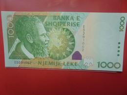 ALBANIE 1000 LEKE 2001 NEUF (B.22) - Albania
