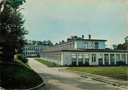 CPSM LES MUREAUX - Collège Technique De Bécheville      L416 - Les Mureaux