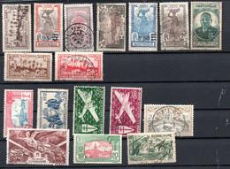 Petit Lot De Timbres Anciens De Guadeloupe Et Martinique - Verzamelingen (in Albums)