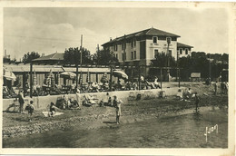 CPA 83 SANARY / L'HOTEL DE LA PLAGE - Sanary-sur-Mer
