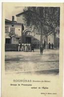 CPA   ROGNONAS   Groupe De Provençales Sortant De L'Eglise - Other Municipalities