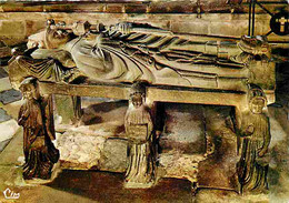 29 - Locronan - Tombeau De Saint Ronan - Art Religieux - Voir Scans Recto Verso - Locronan