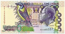 SAINT THOMAS & PRINCE - 5000 DOBRAS - 22.10.1996 - P. 65.a - Unc. - Prefix AA - Rei Amador - 5.000 - San Tomé E Principe