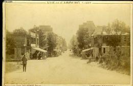 1 Photographie Originale, Albuminée En Noir Et Blanc, D'une Vue De Cabourg Sur Mer - DELAHAYE Paul - 0 - Personnes Identifiées
