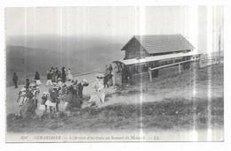 Gerardmer L' Arrivée D' Un Train Au Sommet Du Hohneck - Gerardmer