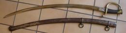 Sabre 1840 Et Fourreau Manufacture De Châtellerault Poinçon Contrôle Armée Dans Son Jus à Nettoyer Colissimo FR Inclus - Knives/Swords
