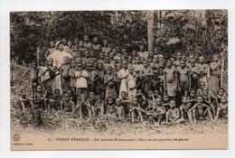 - CPA CONGO FRANCAIS - Un Nouveau Missionnaire à Bétou Et Ses Premiers Néophytes (belle Animation) - Collection Leray 83 - French Congo - Other