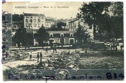 -RIBERAC - ( Dordogne ), Place De La République, Mairie, Rare, Militaires, Canons, écrite, BE, Scans.. - Riberac