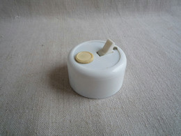 Interrupteur Legrand à Fusible. A157. - Luminari