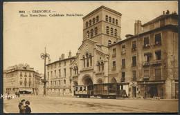 Grenoble - Tramway-  Place Notre-Dame - Cathédrale Notre-Dame - N° 3081 - ADIA - Voir 2 Scans - Grenoble