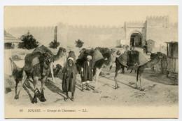 CPA TUNISIE SOUSSE 86 Groupe De Chameaux     LL Non  écrite - Tunesië