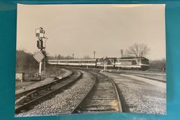 Locomotives SNCF BB 67400 - Photo Train Corail Bordeaux Nantes - 1986 - France Charente Maritime Saintonge 17 Locomotive - Trains