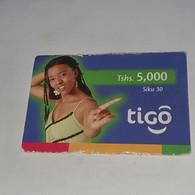 Tanzania-(TZ-TIG-REF-0001)-tigo Prepiad-(1)-(Tshs-5.000)-(6925-7867-6953)-used Card+1card Prepiad/gift Free - Tanzania