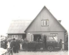 Small Truck UAZ As Funeral Car, Pre 1980 - Auto's