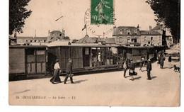 OUISTREHAM LA LA GARE AVEC TRAIN TRES ANIMEE - Ouistreham