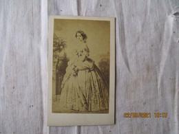 Duchesse De Bade Par Furne Et Tournier   Photo Cliche Cdv Portrait O - Anonyme Personen