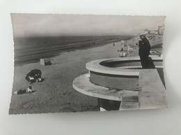 Carte Postale Ancienne (1967) ST IDESBALD Het Strand - La Plage - Koksijde