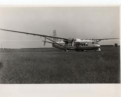 AVION TYPE HD 3203 - Aviación