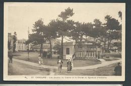 N° 27  -  Cabourg - Les Jardins Du Casino Et Le Chalet Du Syndicat D'initiative  ( Pelurage Sur La Base )   GAR06 - Cabourg