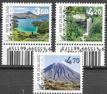 NEW ZEALAND, 2020, MNH, SCENIC DEFINITIVES, MOUNTAINS,  WATERFALLS, MOUNT NGARUHOE, FITZROY BAY,3v - Autres