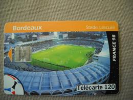 6934 Télécarte  Collection Football  FRANCE 98 Coupe Du Monde BORDEAUX Stade LESCURE    (scans Recto Verso) 120U - Sport