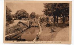 80 - ALBERT - Le Jardin Public - Un Coin De Pelouse Près De La Rivière - 1938 (P187) - Albert