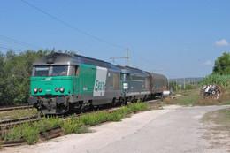 Rognac (13 - France) 21 Septembre 2006 - Une UM De BB 67400 En Tête Du Train  De Desserte Gardanne/Miramas - Other Municipalities