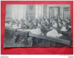 PERUWELZ -  Pensionnat Des Dames De St Charles - Cours D'Economie Domestique - Salle De Coupe - 1920 - - Peruwelz