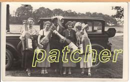 Echtfoto-Werbekarte Frauen Mit Chauffeur,  Automobil, Deinhard Sekt, Koblenz, Ca. 1920-30 - Koblenz