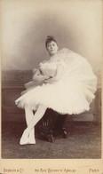 PHOTOGRAPHIE SUR CARTON 1886 HAYET DANSEUSE À L'OPÉRA DE PARIS PAR BENQUE ET CO - Oud (voor 1900)