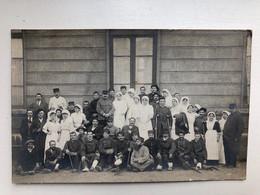 Photo Ak Soldats Francais Hopital Soeur Blessee Lyon - Guerra 1914-18