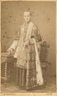 PHOTOGRAPHIE SUR CARTON  UN CURÉ - Oud (voor 1900)