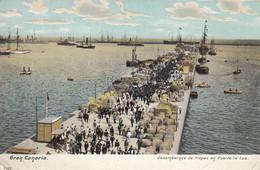 Postcard Gran Canaria Desembarque De Tropas En Porto La Luz My Ref B14289 - Gran Canaria