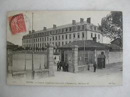 MILITARIA - REIMS - Caserne Neufchâtel - Quartier D'infanterie - Bâtiment B (animée) - Barracks
