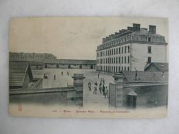 MILITARIA - REIMS - Quartier Mars - Hussards Et Cuirassiers (animée) - Barracks