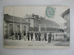 MILITARIA - REIMS - Caserne D'artillerie (très Animée) - Barracks