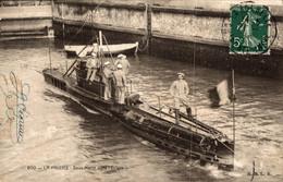N°8692 Z -cpa La Palice -sous Marin Dans L'écluse- - Submarines