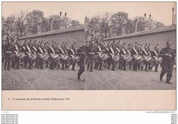 "Carte   ""  STEREOSCOPIQUE  ""    Réf-JP-W-193  ( Militaria )       Tambours De La Garde      """"  Visite D'Edouard VII  """" - Regimientos"